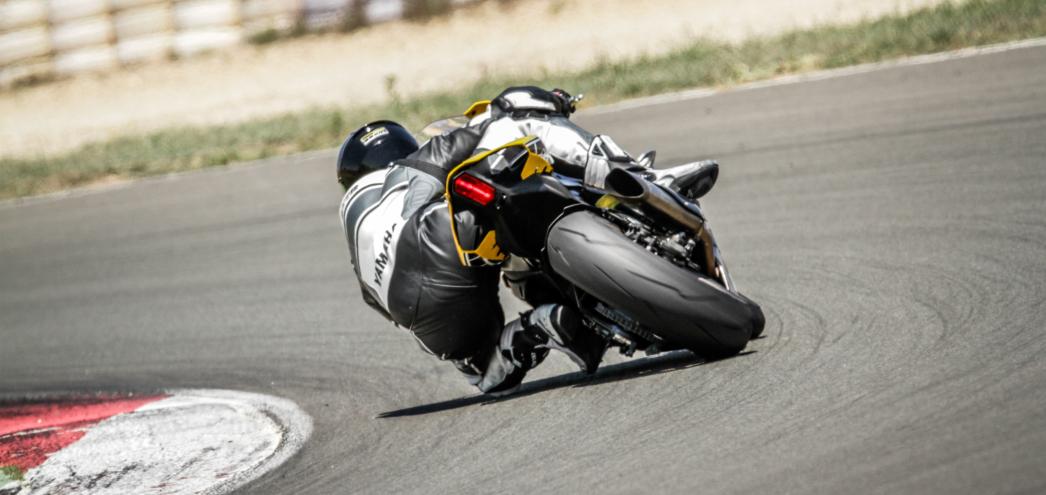 投稿画像 モータースポーツについての4つの興味深い事実 ロードレース世界選手権 - 日本のモータースポーツレースで興味深い4つのこと