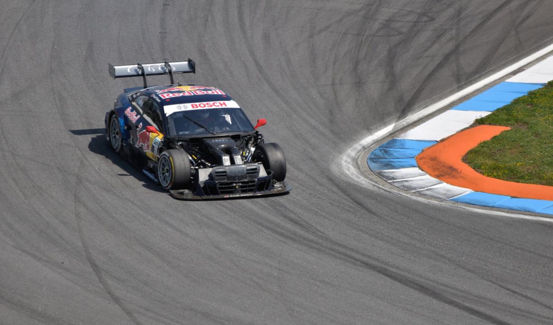 投稿画像 モータースポーツについての4つの興味深い事実 24時間レースの優勝者 - 日本のモータースポーツレースで興味深い4つのこと